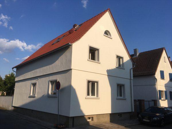 Westseite der Fassade nach Fassadendämmung