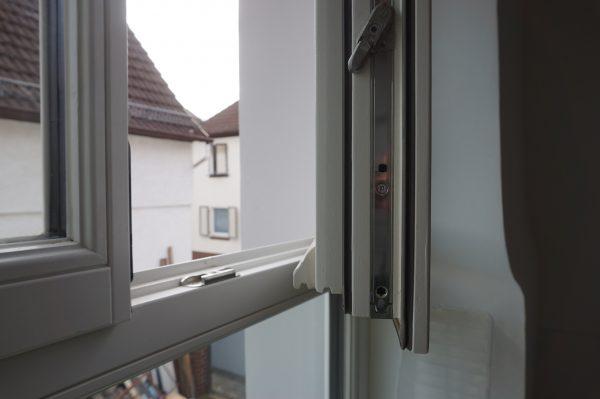 Unsere neuen Holzfenster - mit Wetterschenkel